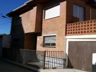 Chalet en venta en Losa Del Obispo de 253  m²