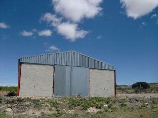 Nave en venta en Camporrobles de 528  m²