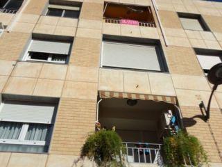 Vivienda de cuatro habitaciones en pleno corazón de viator, cocina amueblada con patio lavadero, cuarto de bañ ...