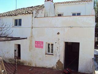 Casa de campo en priego de córdoba, el solvito. con 178 m2 construidos aprox. para reformar. ubicada en una zo ...