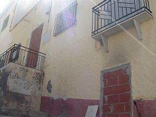 Casa de planta baja en zona centro rodeada de solar. exterior, amplia y muy luminosa, con servicios cercanos a ...