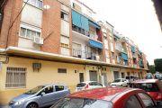 Vivienda en edificio residencial de 4 plantas sin ascensor situado en barrio consolidado con buenos servicios ...