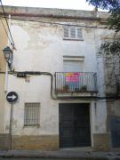 Casa en pueblo con muchas posibilidades en el centro de tiana (barcelona), cerca a todos los servicios. consta ...