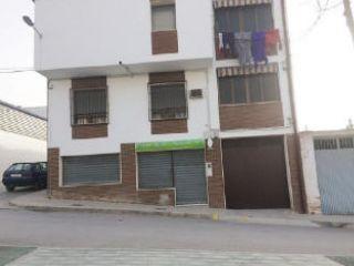Venta local PEAL DE BECERRO null, c. plaza la fuente
