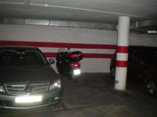 Garaje coche en Zubia (la)