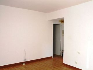 Avenida Monelos 215, 5