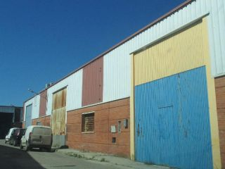 """Nave en venta en <span class=""""calle-name"""">c. albeniz"""