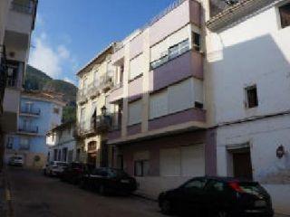 Piso en venta en Simat De La Valldigna de 245  m²