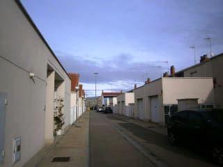 Vivienda en Luceni