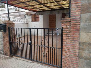Chalet en venta en Alhaurín De La Torre de 90  m²