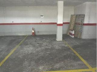 Garaje coche en 13700