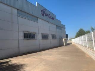 Nave en venta en Senyera de 2.048,81  m²