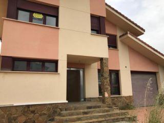"""Casa en venta en <span class=""""calle-name"""">c. valparaiso"""