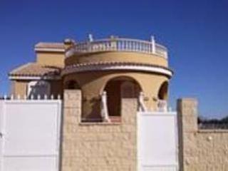 Piso en venta en Monforte Del Cid de 253,00  m²