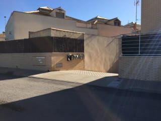 Garaje en venta en La Unión de 42,00  m²