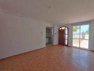 Piso en venta en La Tercia de 64  m²