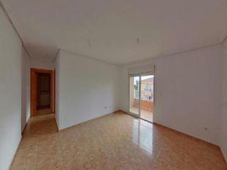 Chalet en venta en Los Alcázares de 74  m²