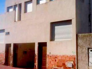 Chalet en venta en Alcantarilla de 400  m²