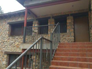 """Casa en venta en <span class=""""calle-name"""">urb. los cortijos</span>"""