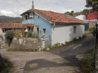 Casa en venta en c. de la peña