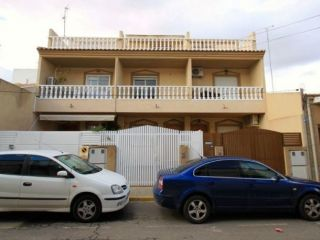"""Casa en venta en <span class=""""calle-name"""">c. tablada"""