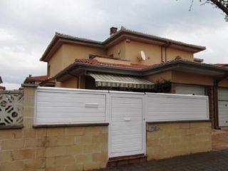 """Casa en venta en <span class=""""calle-name"""">c. garrotxa/urb """"la solana"""""""