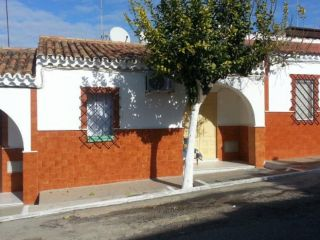 "Casa en venta en <span class=""calle-name"">c. luis rosales"