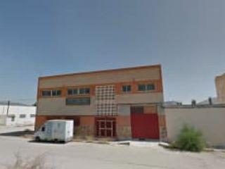 Nave en venta en Yecla de 1.075,00  m²