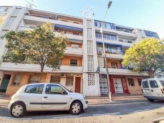 Piso en venta en Alicante de 64,00  m²